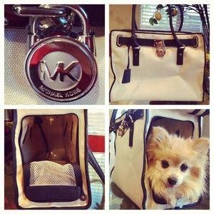 Authentic Michael Kors pet bag NWT